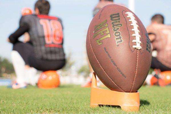 football nfl combine perform under pressure