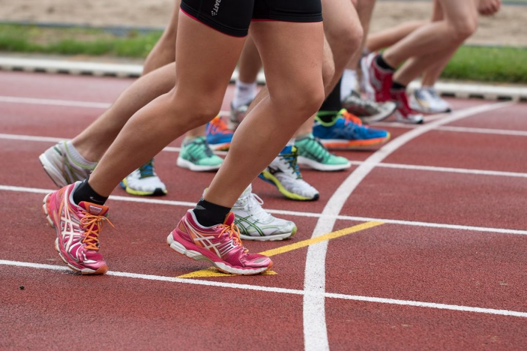 Running Against the Wind. 4 Methods for Navigating the Track Through Windy Weather